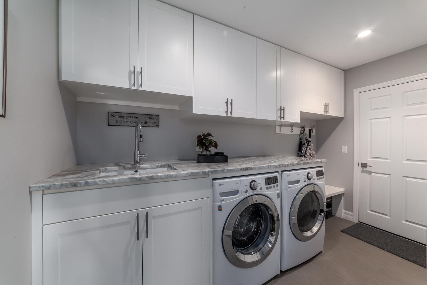 LAUNDRY ROOM_INTERIOR DESIGN_SARASOTA_AFTER