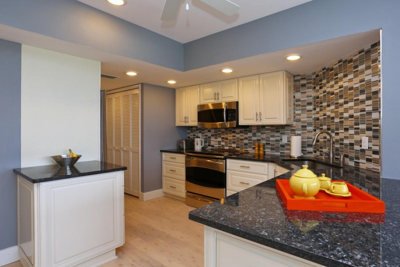 kitchen-interior-design-longboat-key-towers-after-e1457405238106