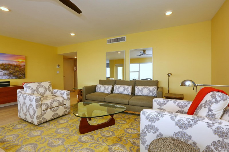 living-room-interior-design-longboat-key-towers-after-e1457405267102