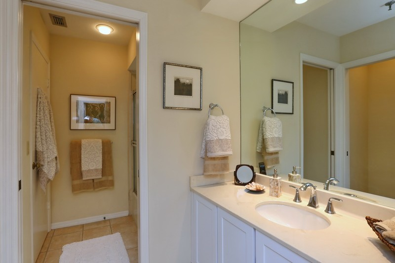 master-bathroom-interior-design-harborside-before-e1457496701805