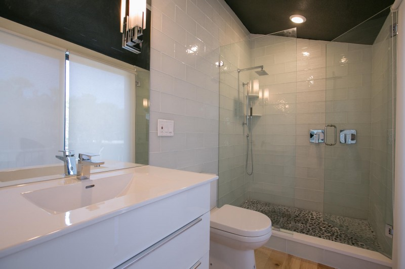 bathroom-interior-design-sandy-cove-after-e1457500200141