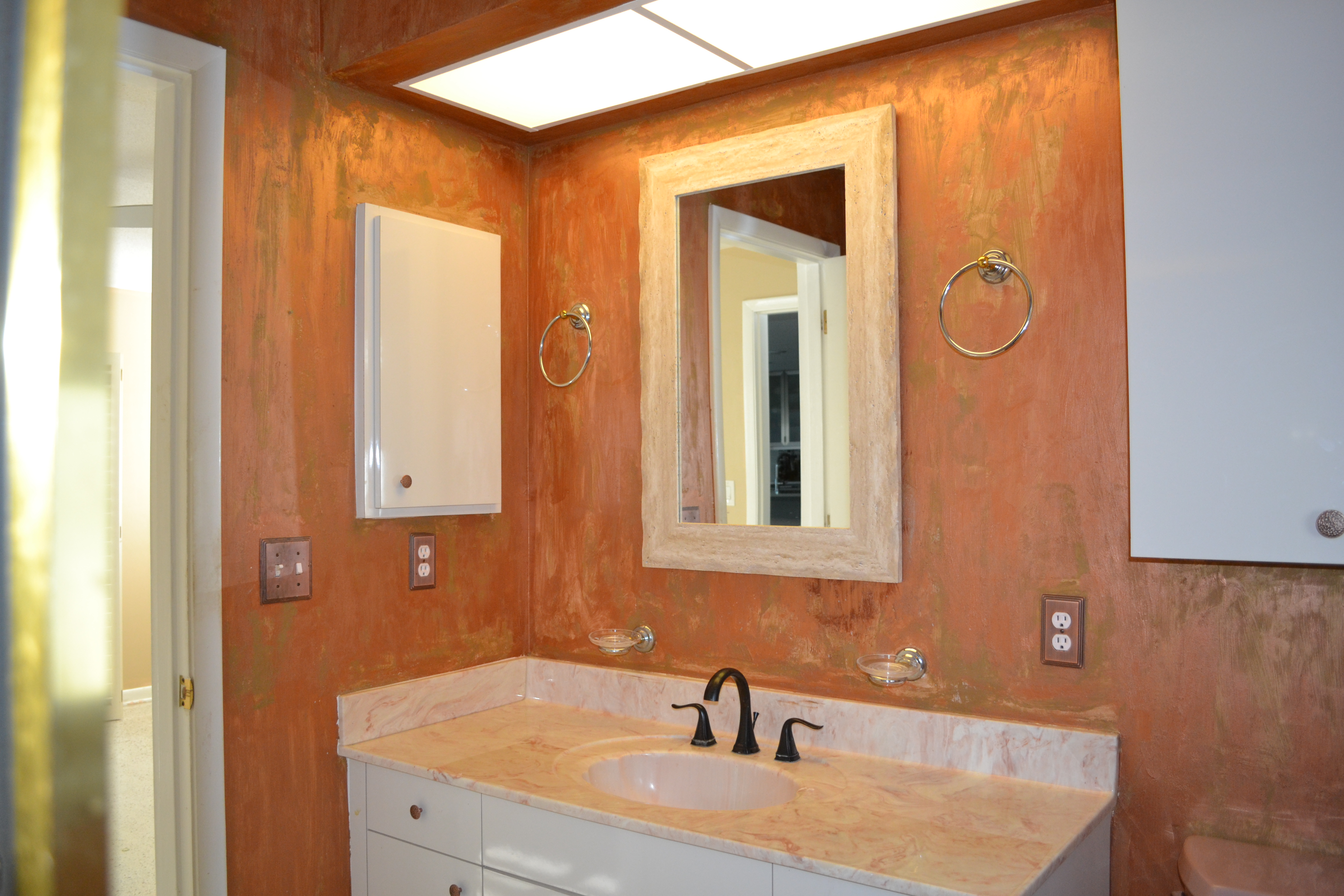 master-bathroom-1_interior-design_forest-lakes__before