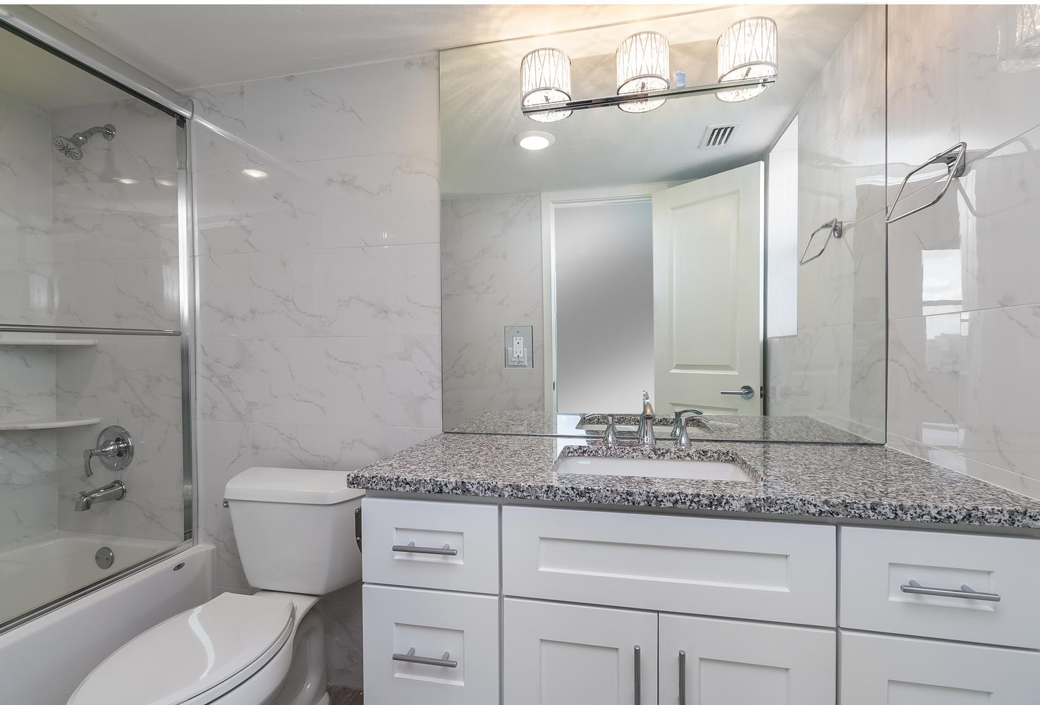 master-bathroom-interior-design-dolphin-towers-cityside-after
